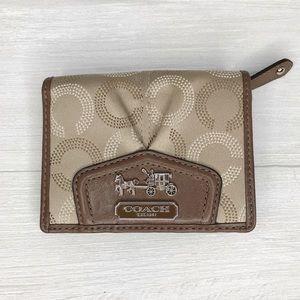 [Coach] Compact Wallet w/ Snap Closure